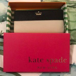 Preloved Kate Spade Wallet- Cameron Street